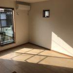 2階 明るい洋室②(寝室)